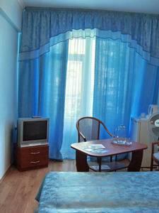 Гостиница 'Роялта' в Алупке. 2-х местный номер.