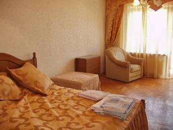 Отдых в Крыму. Апартаменты 'Энерго' в Алуште.